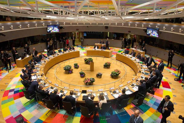 A general view of the round table meeting of EU heads of state at an EU summit in Brussels on April 29, 2017.