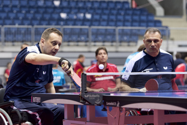 L-R: Ján Riapoš, Martin Ludrovský in the Slovakia-Taiwan match at the paralympic world championship, May 19.