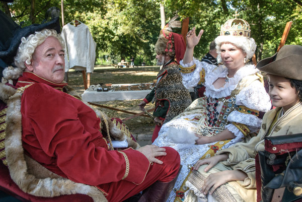 Maria Theresa will arrive to Mojmírovce manor house.