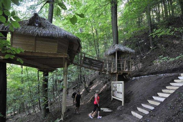 The tree-house near Spa Park in Trenčianske Teplice
