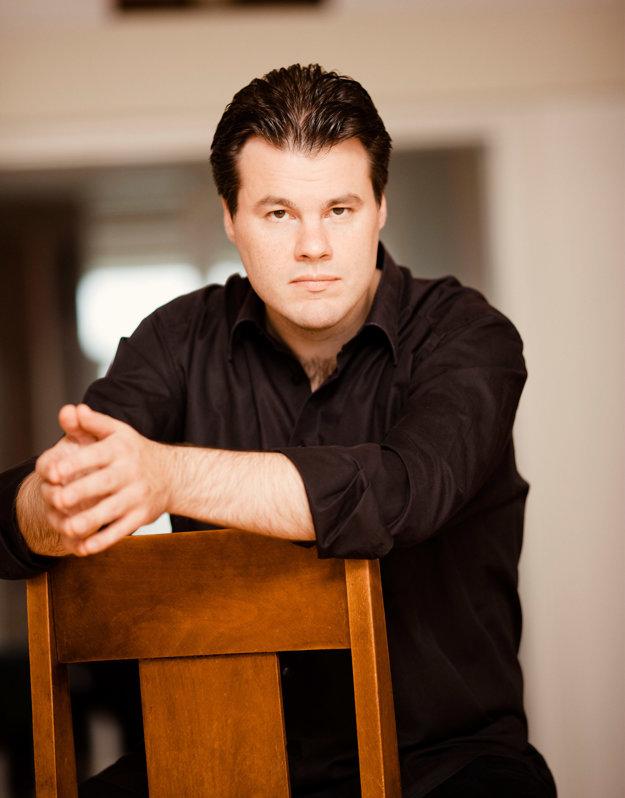 Finnich conductor Henri Sigfridsson