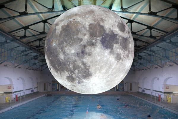 Museum of the Moon by Luke Jerram will be installed in Medická garden.