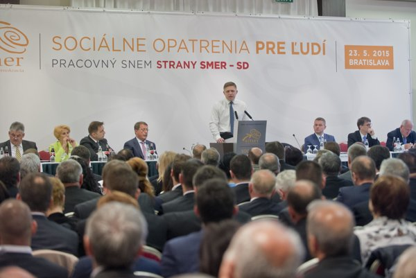 PM Fico unveiled the package at a party convention.
