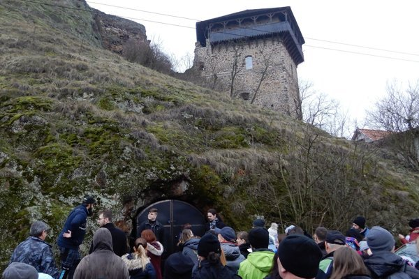 New Year's Day ascent to the Fiľakovo Castle, including a visit to the underground rooms, attracted a thousand.