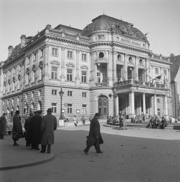The SND building back in 1945.