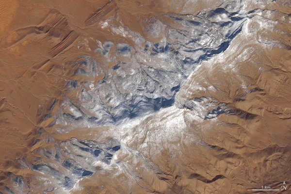 The snowfall in Sahara can be seen in this satellite picture.