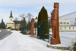 The Alley of Kings in Čečejovce