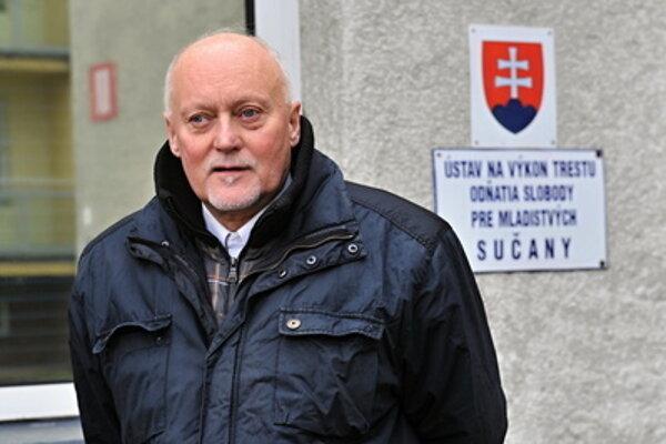 František Mojžiš released from the Sučany prison February 23.
