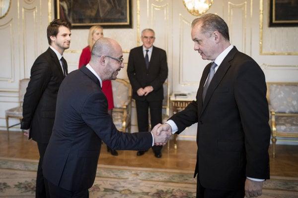 President Andrej Kiska meets Mohamad Safwan Hasna, head of the Islamic Foundation in Slovakia