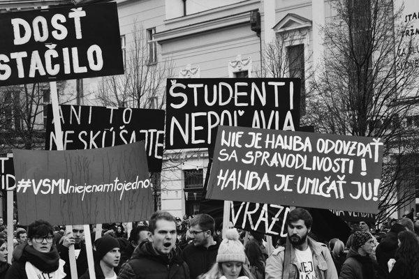 Bratislava For a Decent Slovakia protest March 16, 2018.