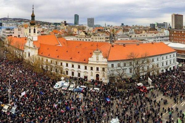 The April 5 gathering in Bratislava