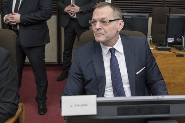SIS head Anton Šafárik