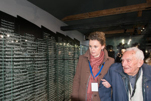 Survivors visited the museum