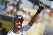 Peter Sagan rejoices after his victory at TdF, July 8