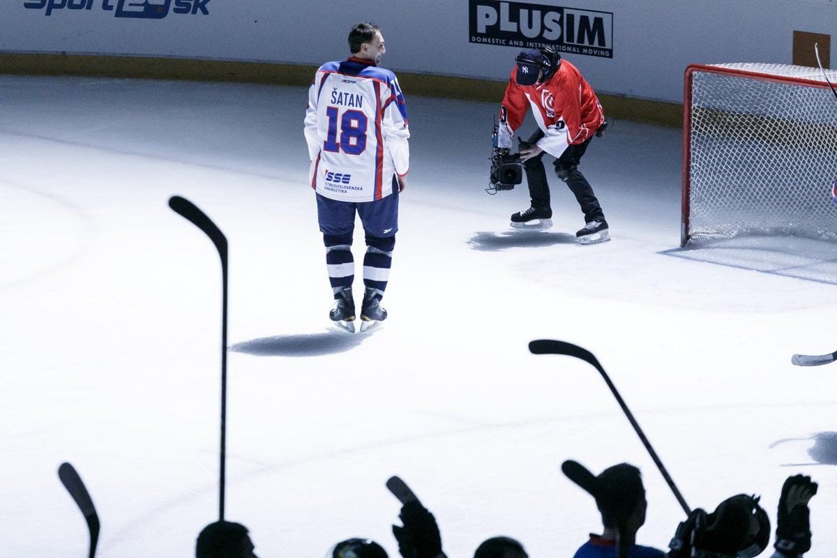 7e7fa2a5c790 Hockey player Šatan ends his career - spectator.sme.sk