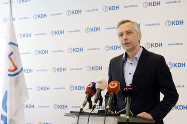 Figeľ announced resignation as KDH chair.