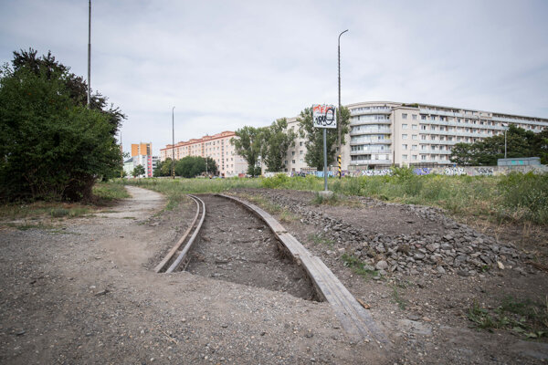 The uncovered rail track in Bratislava.