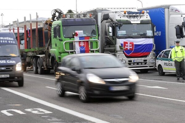 The Slovak Union of Motor Carriers (UNAS) will go on strike on January 7, 2019, in Bratislava and the Orava Region