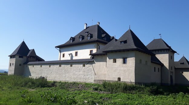 Castle in Hronsek