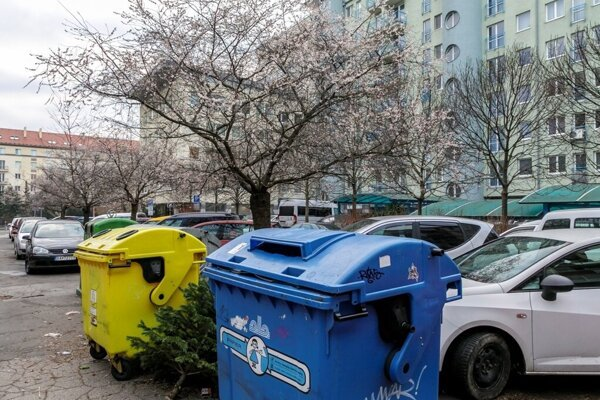 Collection of separated waste for family houses will change.