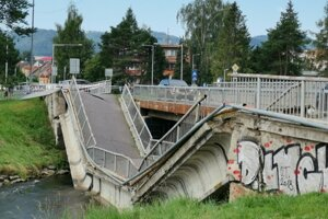 The collapsed bridge in Spišská Nová Ves.