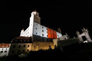 Bratislava Castle dressed in Belarusian colours on August 18.
