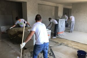 Volunteers in Prievidza helped with the preparation of spaces for the new museum.