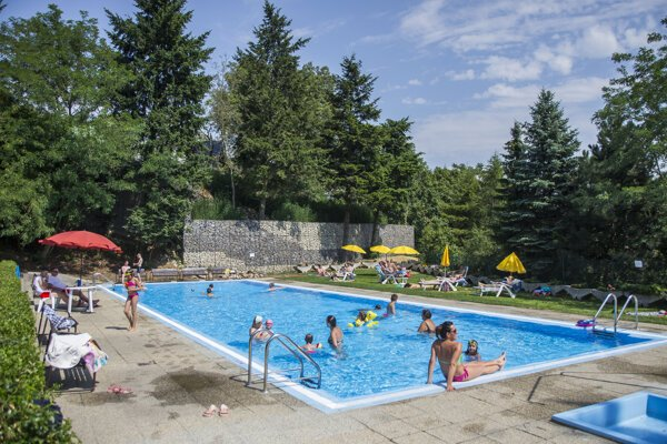 Ekoiuventa (Mičurin), the only summer swimming pool in Bratislava's Old Town.