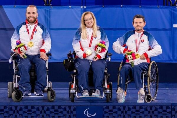 The golden team (l-r): Samuel Andrejčík, Michaela Balcová and Martin Strehársky.