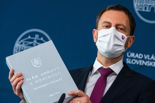 PM Eduard Heger holds Slovakia's Recovery and Resilience Plan.