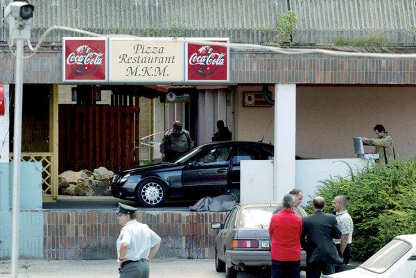 Ćongrády was killed by gunmen wielding an AK-47 outside his side his favorite pizza restaurant in PetrÏalka.