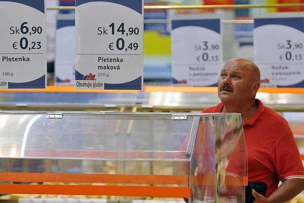 Will retailers raise prices unjustifiably after the euro?