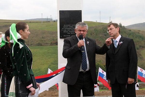 Ján Slota holds forth in Pavlovce .
