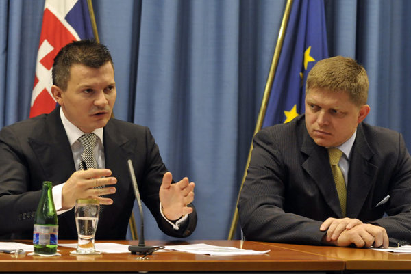 Finance Minister Ján Počiatek and Prime Minister Robert Fico