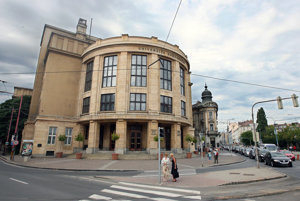 Comenius University in Bratislava Law Faculty)