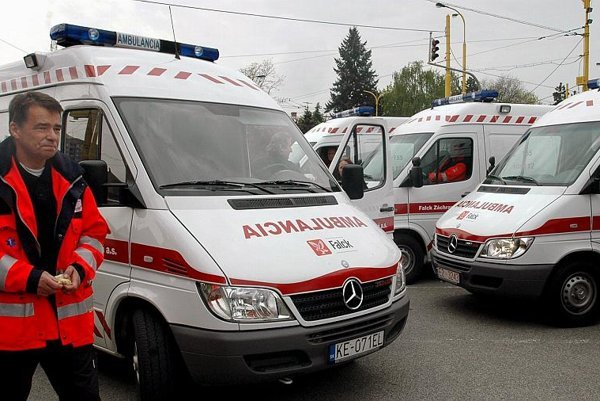 Danes are active in emergency health care in Slovakia.