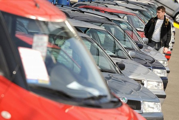 Used-car dealers are also feeling the chill of fewer sales.