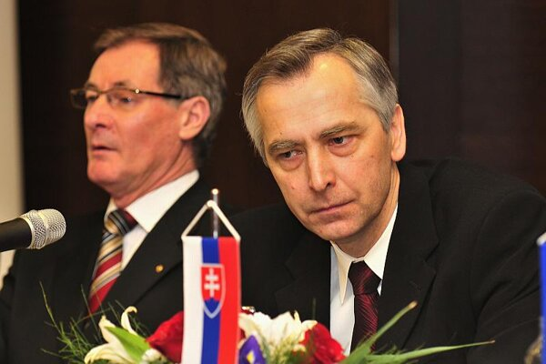 Former KDH chairman Pavol Hrušovský (left) and current chairman Ján Figeľ at the political party's 20th anniversary in Žilina.