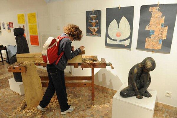 Visitors to Trenčín's Miloš Alexander Bazovský Gallery could release their artistic creativity.
