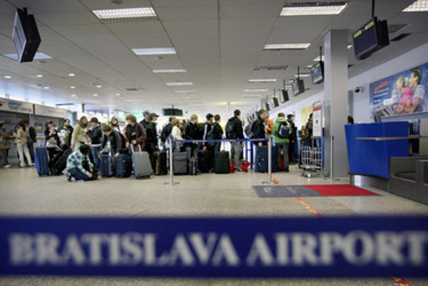 Bratislava airport, departure hall