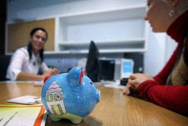 A large portion of people prefer banks for saving.