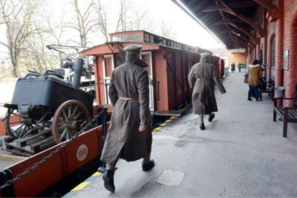 The legionaries' train stops in Bratislava