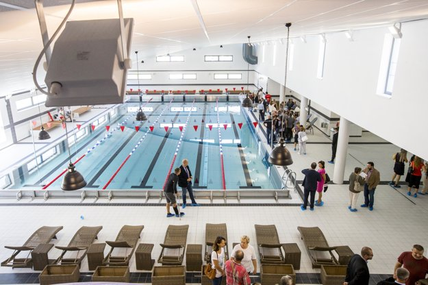 The new 25-metre swimming pool in Petržalka.