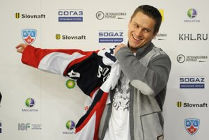 Marek Svatoš after the signing of the contract with Slovan Bratislava in 2013.
