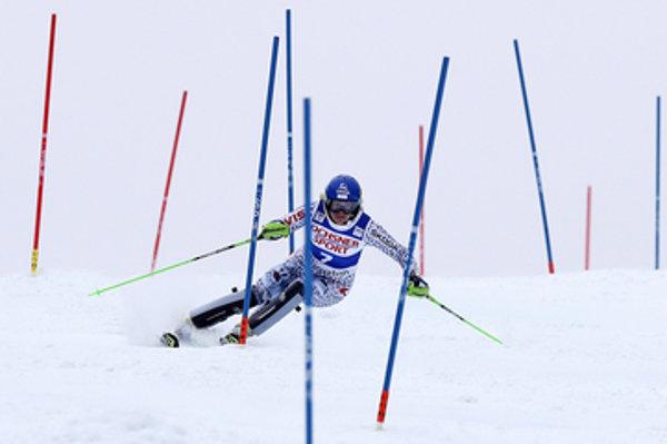 Veronika Velez-Zuzulová (in the 2nd round of the Killington slalom) won silver at the World Cup on November 27.