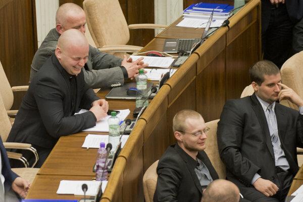 ĽSNS deputies