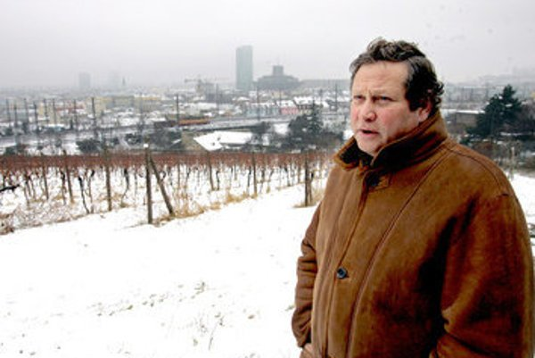 Alexander Rozin in his vineyard at Koliba.