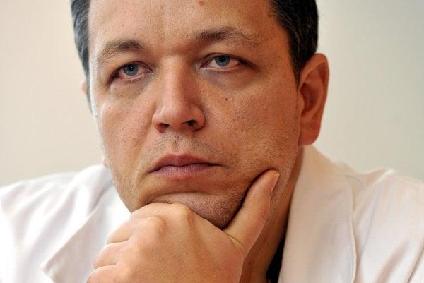 Ivan Vulev is among doctors, nurses, leaving NÚSCH.