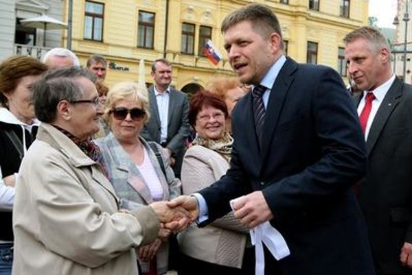 PM Robert Fico ignores some media.