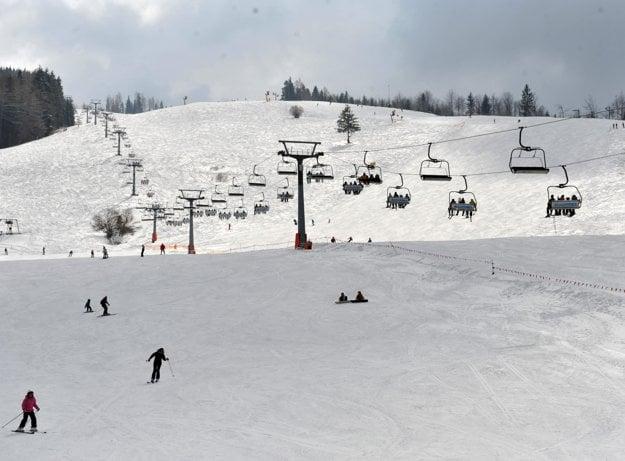 Skiing in Vrárn